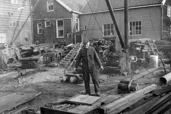 scheepswerf-matena-papendrecht-Bagger-materialen-1960