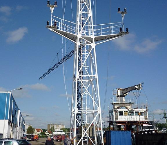 scheepswerf-matena-papendrecht-scheepsreparatie-mast